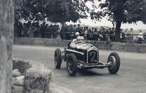 Derapata Nuvolari Alfa Romeo